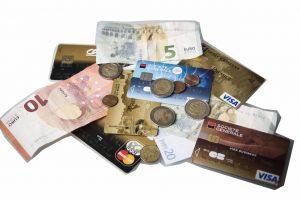 Carte bancaire prépayée rechargeable en espèces