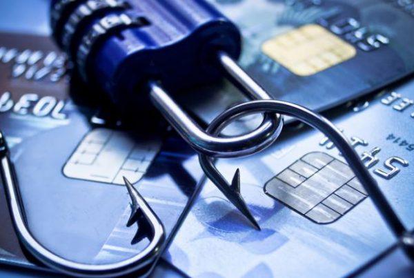 Comment éviter les fraudes à la carte bancaire -2
